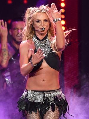 <i>Ups</i>...Britney Spears Ajak Kencan Model Video Klipnya