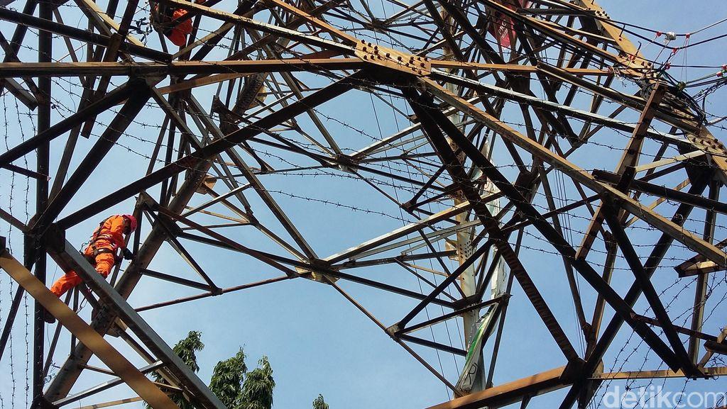 Kabel Sutet di Palmerah Putus dan Memercik Api, 10 Orang Terluka