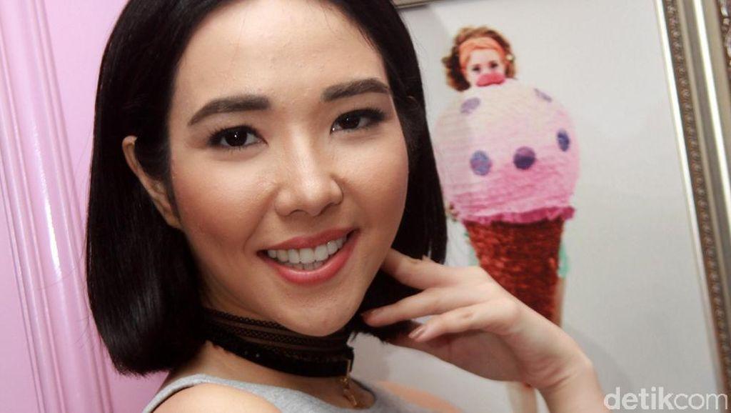 Gisel Happy Banget Sih!