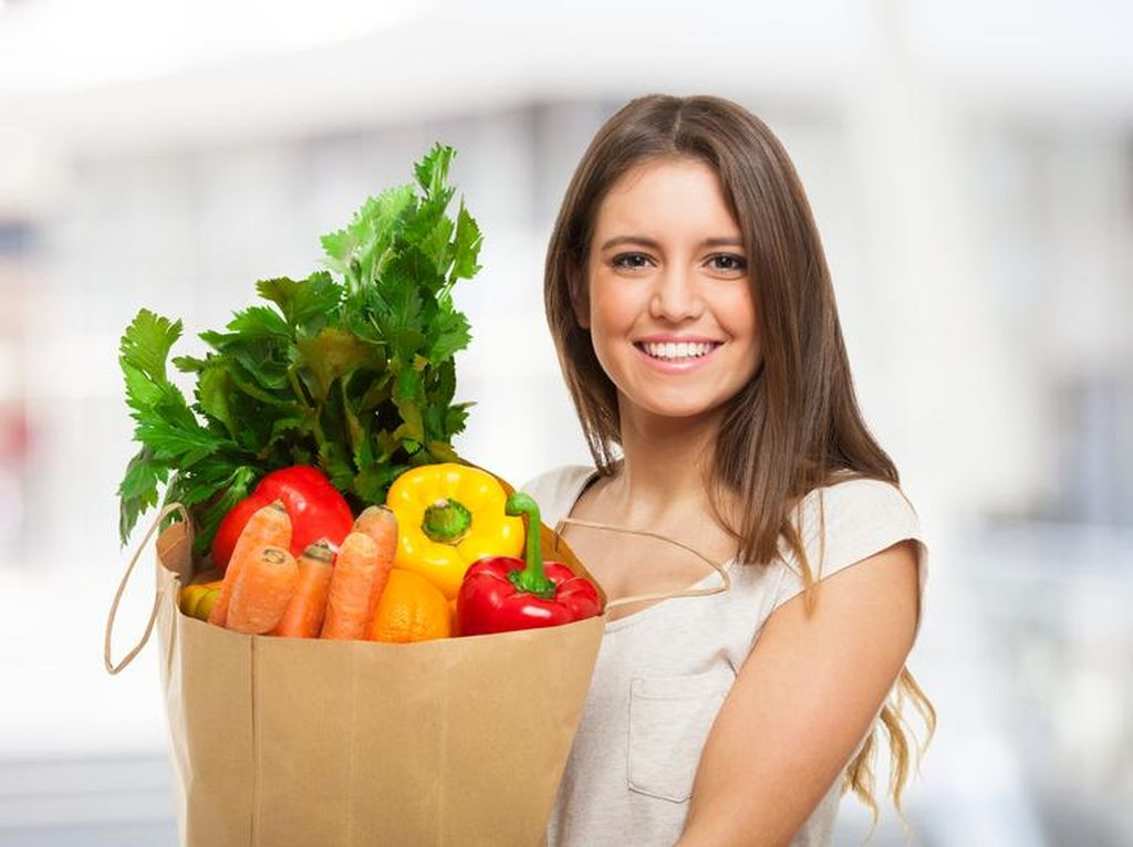 Malas Keluar Rumah? Pesan Saja Sayuran Segar di Sini