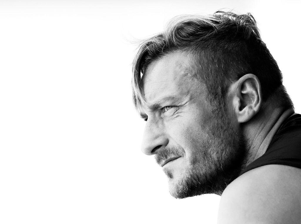 Del Piero ke Totti: Tutuplah Kariermu dengan Senyuman