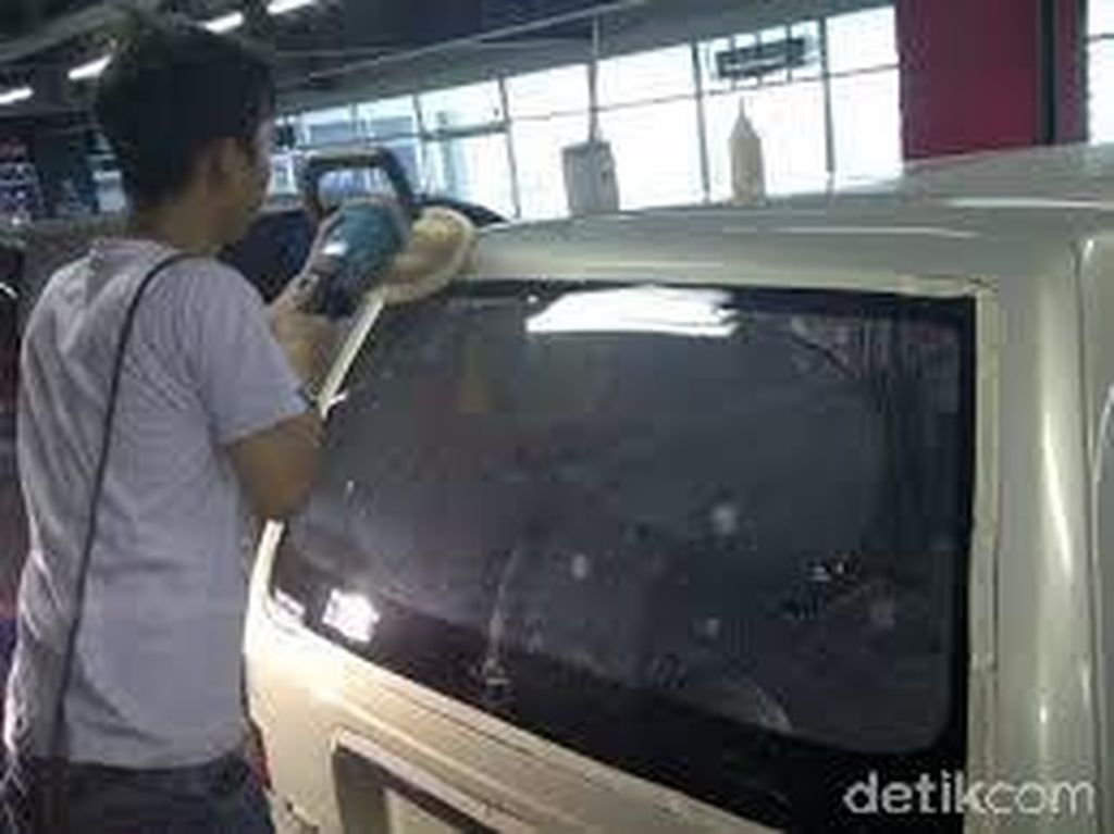 Kaca Mobil Mudah Pecah, Karena Hal Ini