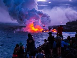 Wisata Anti Mainstream ke Gunung Berapi Hawaii, Seram Tapi Seru!