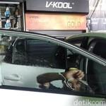 Sehabis Pasang Kaca Film, Sebaiknya Jangan Buka Kaca Mobil 2 Hari
