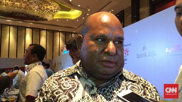 Adu Kuat KPK dan Lukas Enembe Cs di Tanah Papua