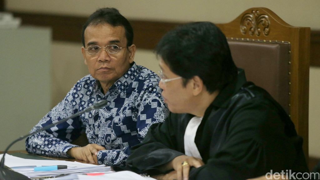 Panitera PN Jakpus Terbukti Korupsi USD 70 Ribu dan SGD 9852