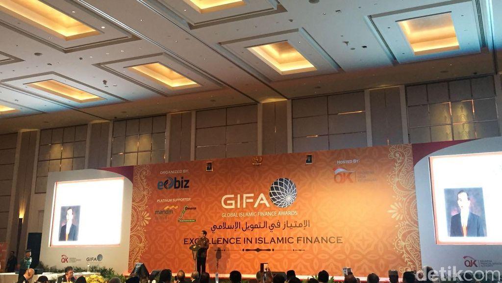 Jokowi Terima Penghargaan Global Islamic Finance Leadership 2016