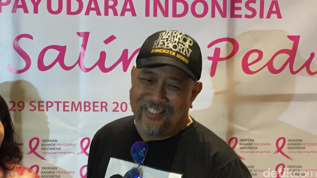 Indro Warkop: Laki-laki Juga Harus Peduli Kanker Payudara