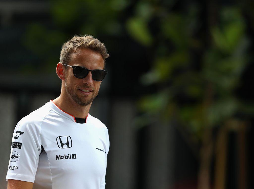 Jenson Button Tes Honda Civic untuk Rally