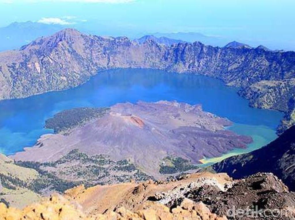 72 Anggota Tim Survei Jalur Daki Berada di Gunung Rinjani Saat Gempa