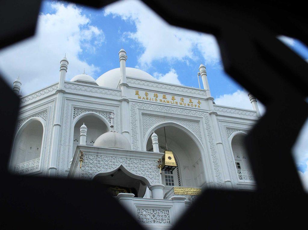 9 Wisata Religi Masjid di Indonesia dengan Bangunan Unik