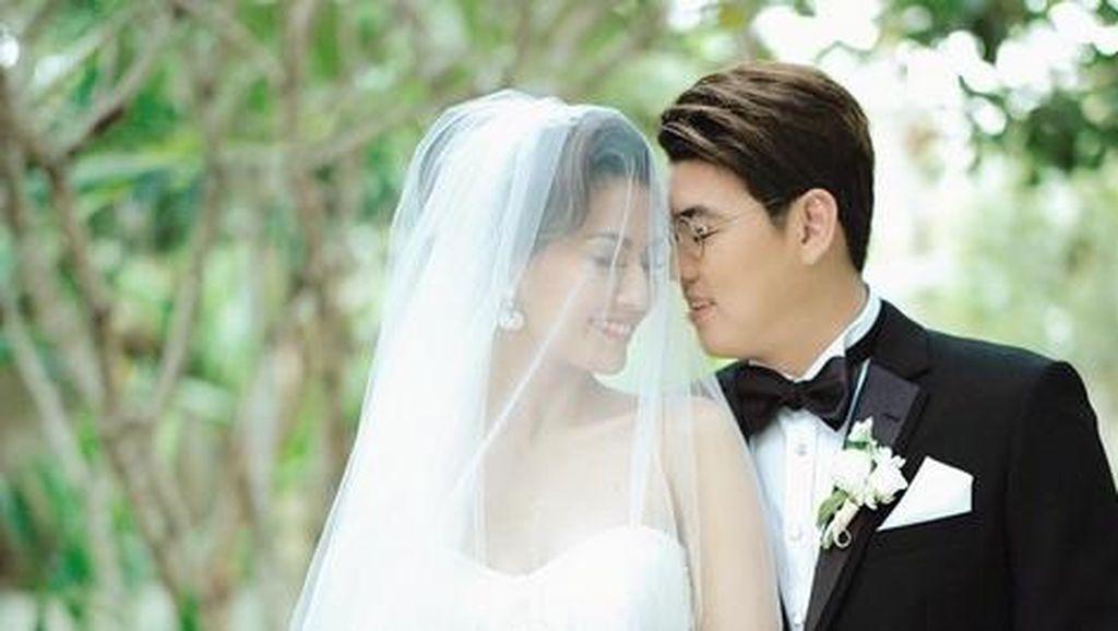 Pernikahan Asty Ananta Tak Direstui, Ada Apa dengan Komika Uus?