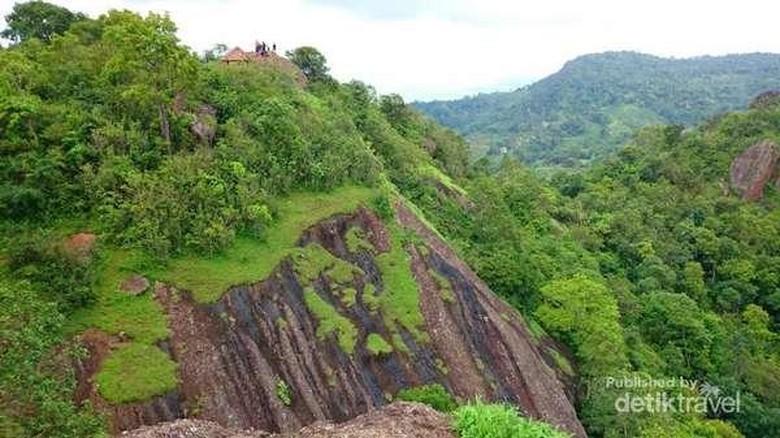 Foto: Gunung Nglanggeran di DI Yogyakarta (Arief Novianto/detikTravel)