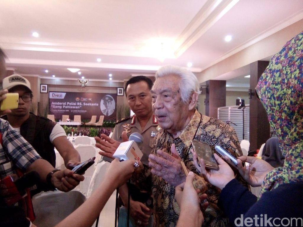 Mantan Kapolri Awaloedin Djamin Meninggal di Usia 91 Tahun