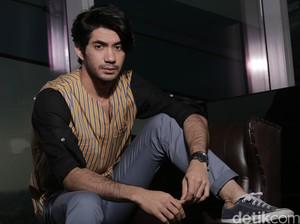 Kini Aktor Besar, Reza Rahadian Pernah Cicipi Jadi Figuran