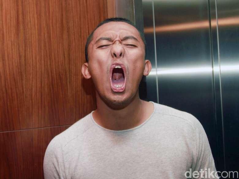 MENYEDIHKAN!!!    Karena Kontra FPI, Komika Uus lagi-lagi di-bully oleh para netizen