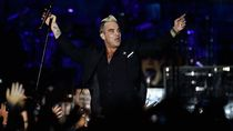 Anak-anak Robbie Williams Bertanya soal Masa Lalu Kelam Ayahnya