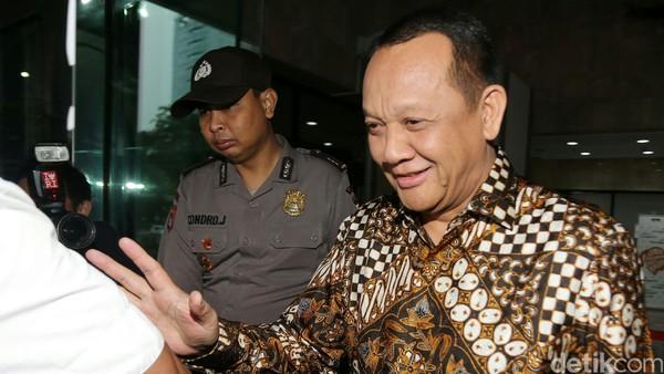 Mantan Sekretaris Mahkamah Agung (MA) Nurhadi diperiksa KPK, Kamis (6/10/2016). Nurhadi diperiksa KPK selama 8 jam.
