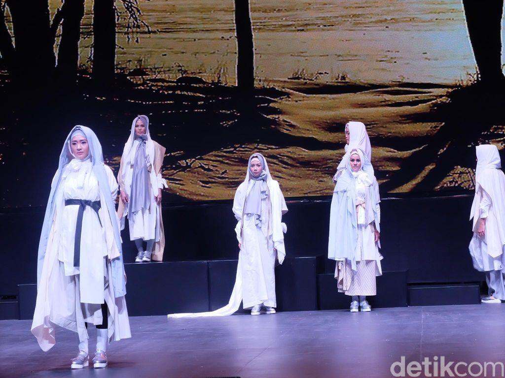 3 Desainer Tampilkan Busana Muslim yang Terinspirasi Pasar Hingga Gurun Pasir