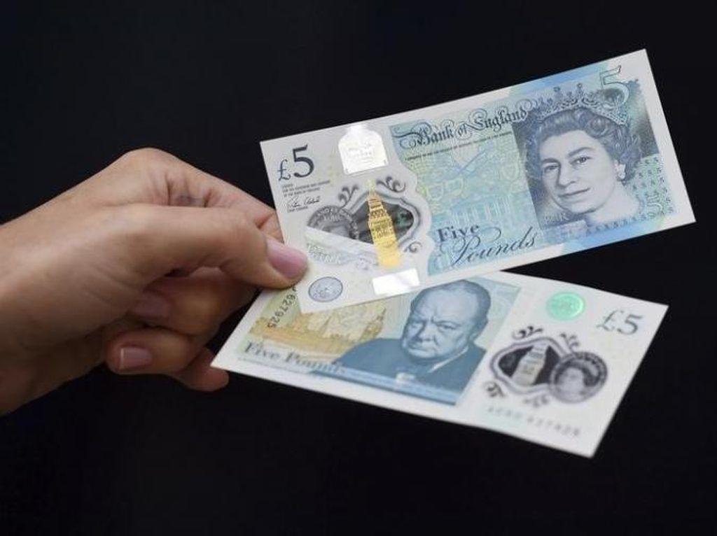 Jatuh Makin Dalam, Pound Sterling Sekarang Rp 15.900