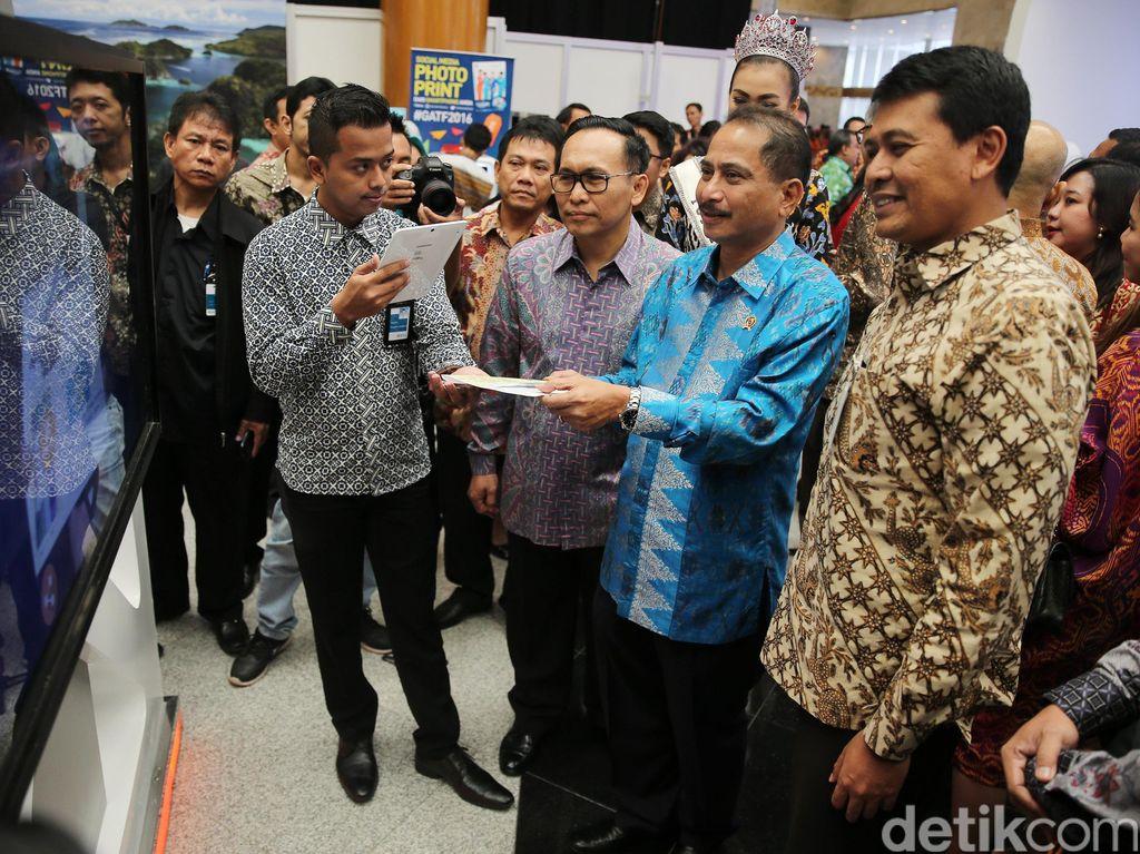 Menpar Arief Yahya Buka Garuda Travel Fair