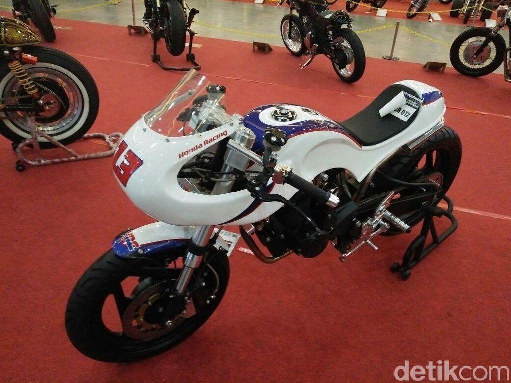 Jejeran Motor Pemenang Honda Modif Contest Mejeng di Kustomfest