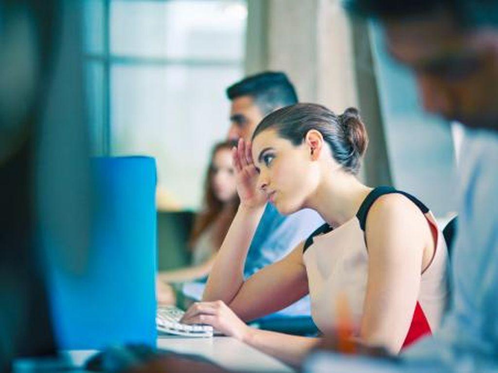 Studi: Wanita yang Bekerja Terlalu Keras Lebih Rentan Gemuk