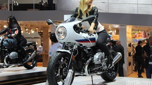 Motor Retro BMW R nineT Cafe Racer