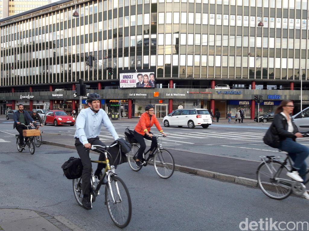 Pemerintah Denmark Beri Bantuan Gaji ke Perusahaan Terdampak Virus Corona