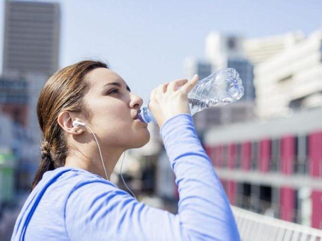 Tips Dokter Guna Terhindar Dehidrasi Untuk Anda yang Pergi Haji