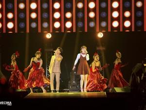 AkMu Buka Konser Saranghaeyo Indonesia 2016 dengan Manis
