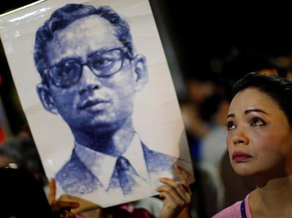 JK Sampaikan Duka Cita atas Meninggalnya Raja Thailand
