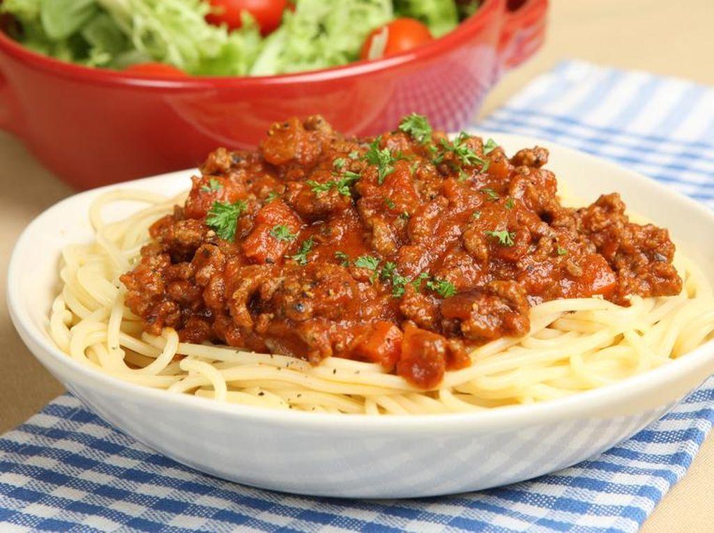 Resep Spaghetti Bolognese untuk si Kecil ala Thalita Latief