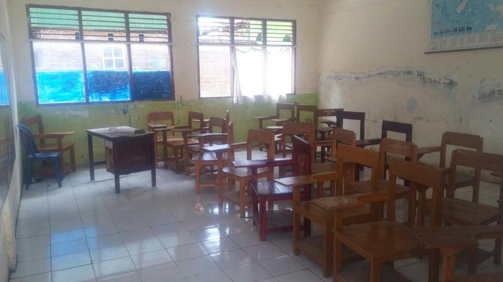 Siswa Merokok di Samping Guru, Sosiolog: Ada Masalah di Sistem Pendidikan