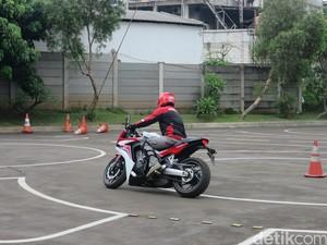 Pentingnya Perlengkapan Bersepeda Motor