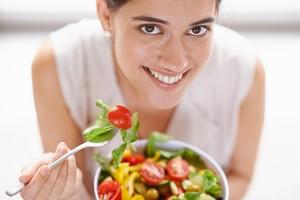 Studi: Diet Vegan Bantu Kurangi Risiko Kanker Usus dan Payudara