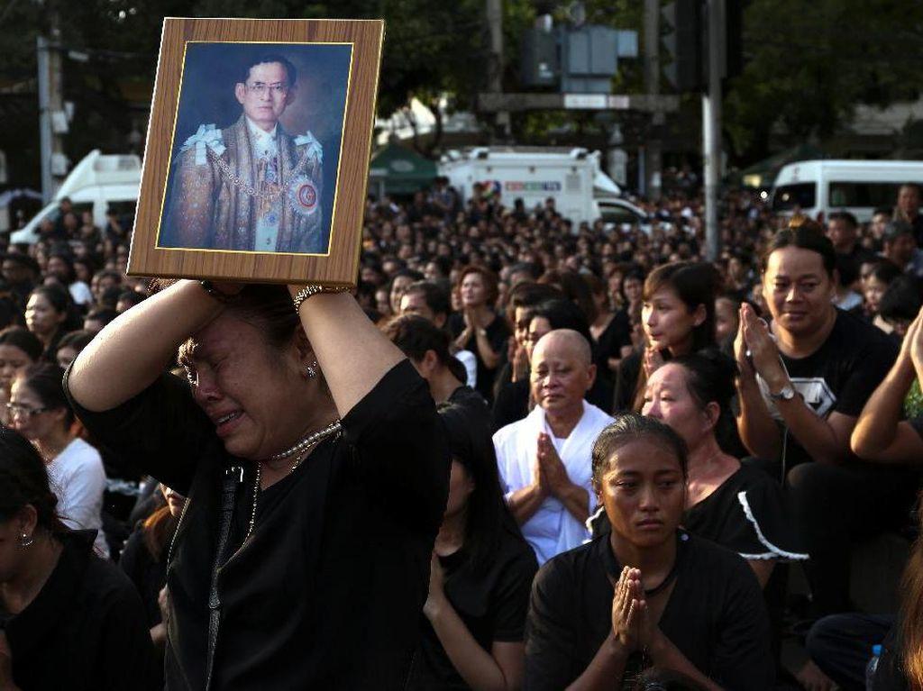 Ini Imbauan untuk Wisatawan Terkait Wafatnya Raja Thailand