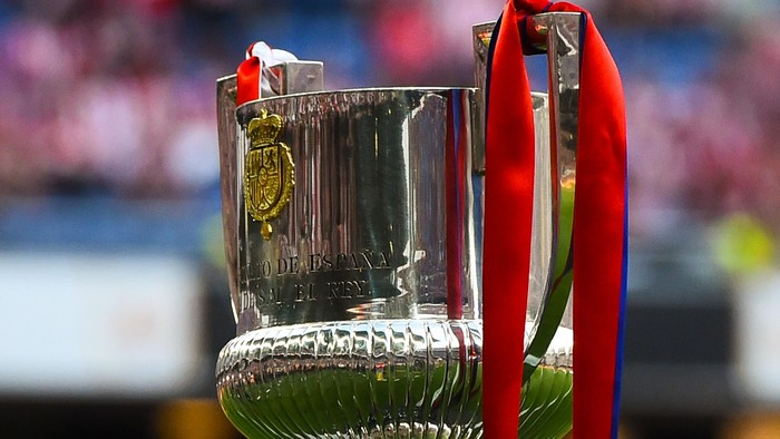 BARCELONA, SPAIN - MAY 30:  The trophy is seen prior to the Copa del Rey Final match between FC Barcelona and Athletic Club at Camp Nou on May 30, 2015 in Barcelona, Spain.  (Photo by David Ramos/Getty Images)