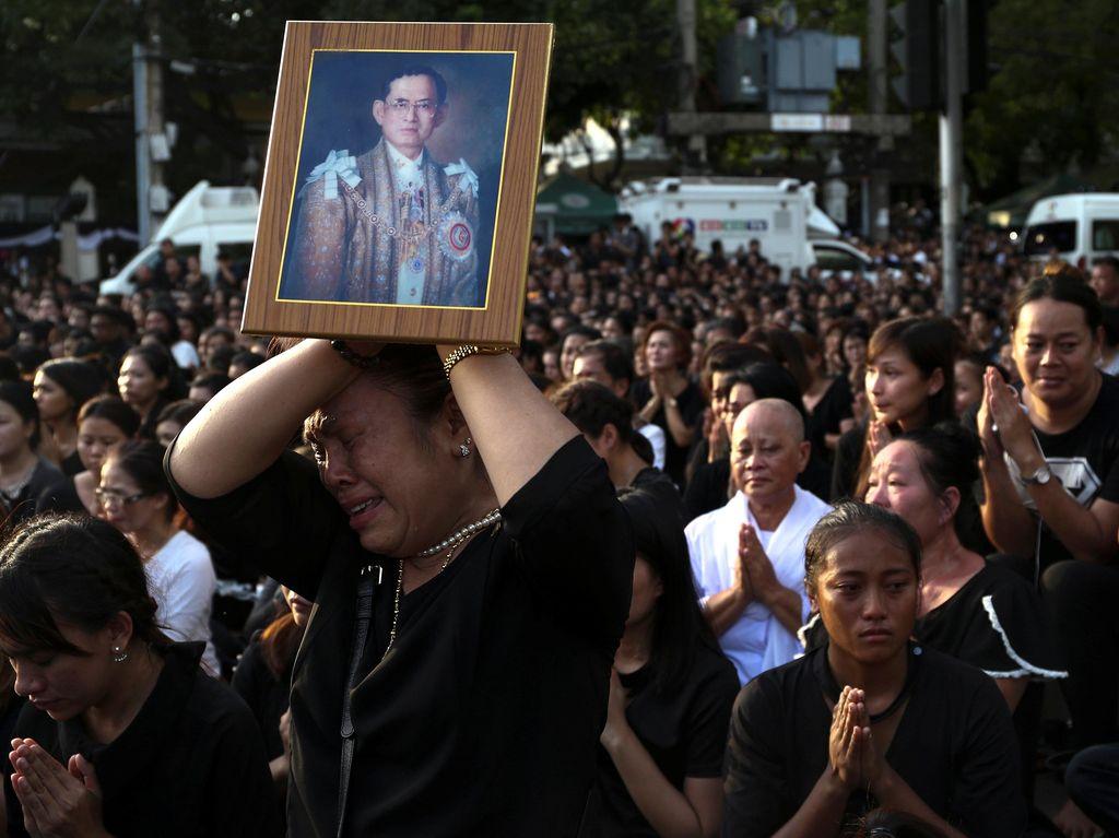 Junta Militer Thailand Imbau Warga Sabar Hadapi Penghina Raja Bhumibol
