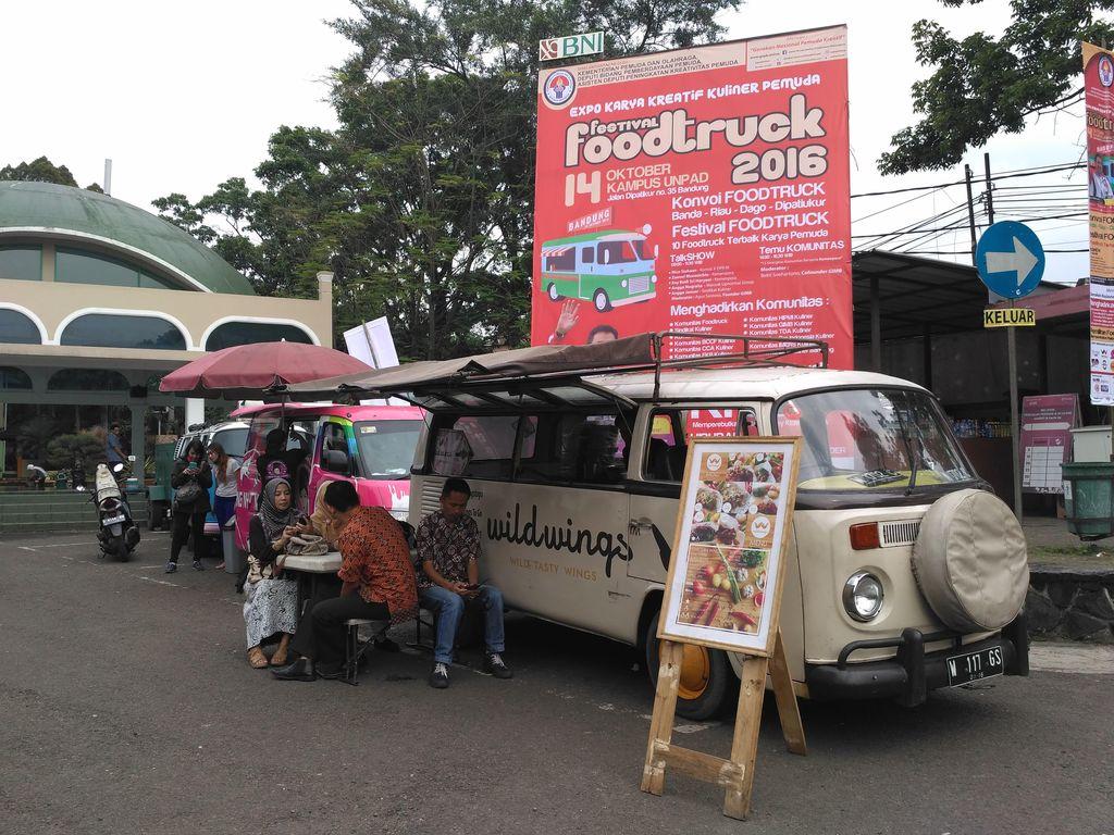 Yuk, Hari Ini Makan Gratis di Festival Foodtruck Bandung
