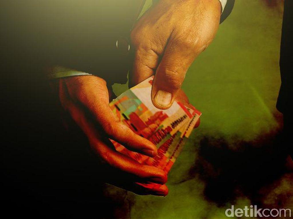 Mark Up Tarif Paspor, PNS Imigrasi Bandung Diperiksa Saber Pungli