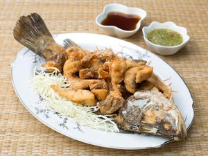 Makan Ikan Kerapu Saat Bulan Madu, Pengantin Baru Ini Tewas Keracunan