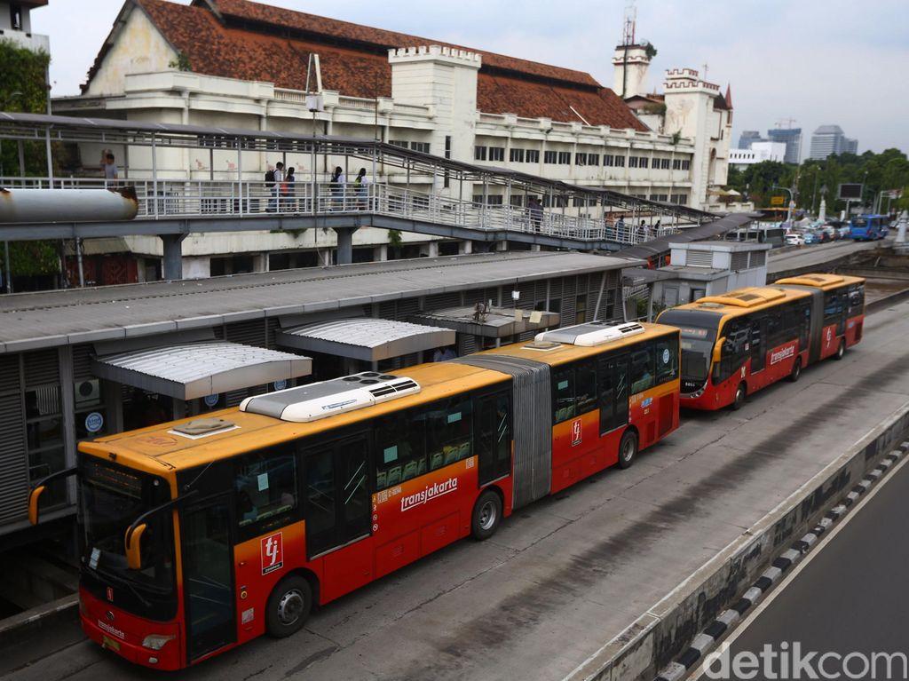 Catat! Ini Aturan Baru Naik MRT dan TransJakarta dengan Menggilanya Corona