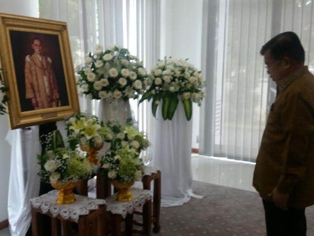Beri Penghormatan Terakhir ke Raja Thailand, JK: Beliau Pemimpin Bijaksana