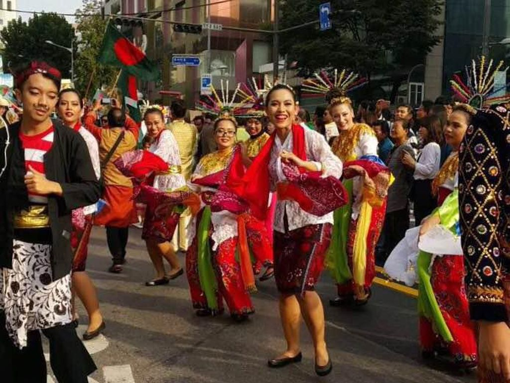 Ketika Tari Betawi dan Madura Bikin Heboh Festival di Seoul