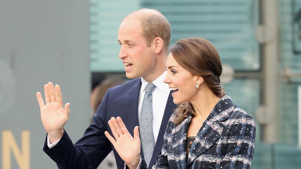 Lucunya Bocah Ini yang Tak Mau Cuci Tangan Pasca Menyalami Pangeran William