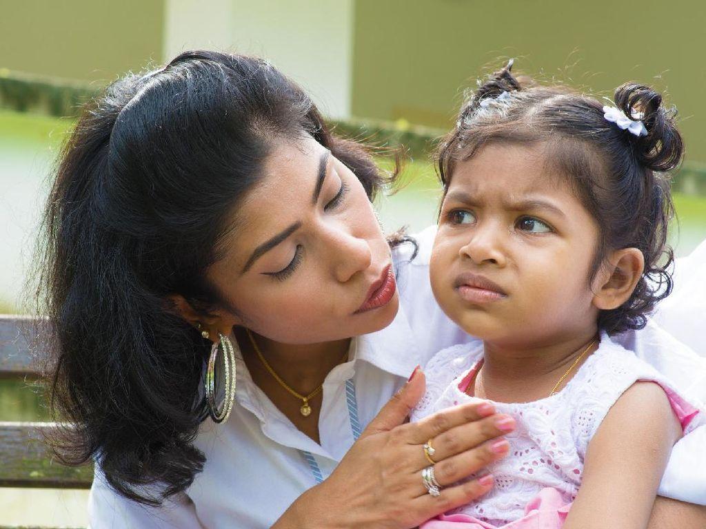 6 Tahap Membicarakan Pelecehan Seksual dengan Anak