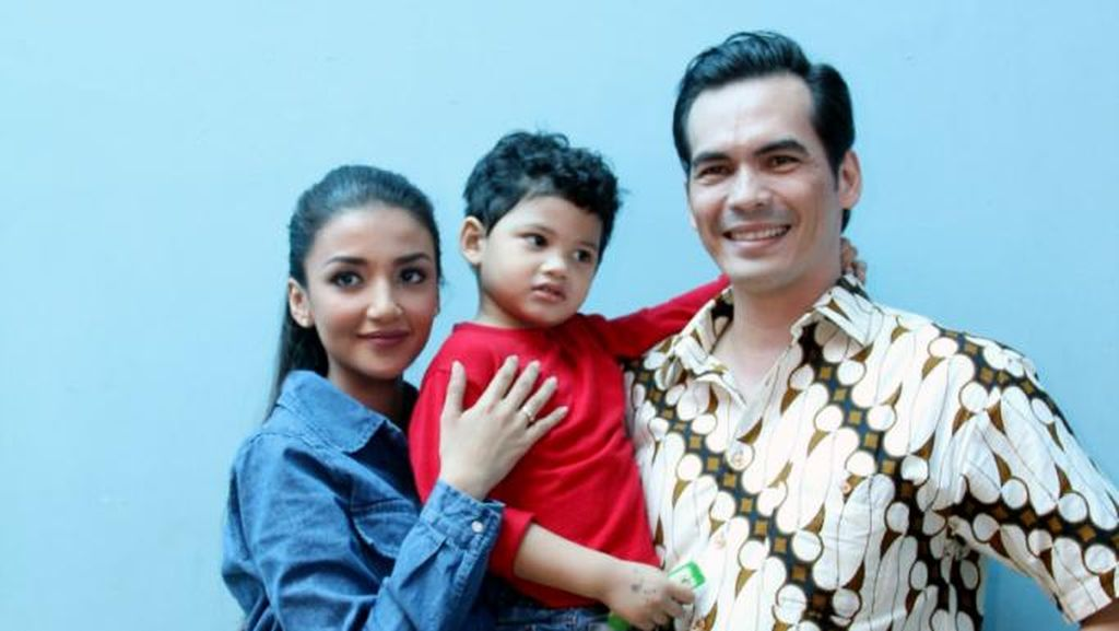 Keluarga Harmonis Atalarik Syah