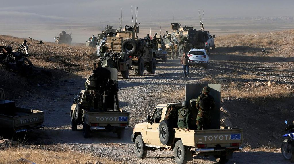 ISIS Eksekusi Mati 300 Mantan Polisi Irak di Dekat Mosul