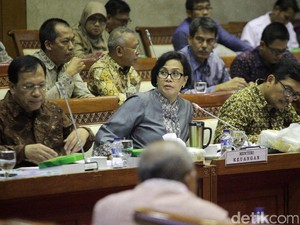 DPR Minta Sri Mulyani Jelaskan Soal Kasus JPMorgan dan Tarif STNK
